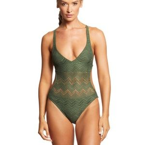 NWT Vince Camuto one piece swimsuit